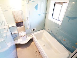 キッチンリフォーム 浴室が海底に?個性あふれる面白空間リフォーム